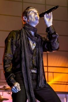 Jane's Addiction-Phoenix, AZ-2015-10-29 Perry Farrell-086