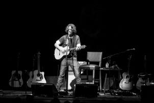 Chris Cornell-Phx-2015-11-04-033