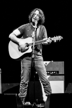 Chris Cornell-Phx-2015-11-04-071-2